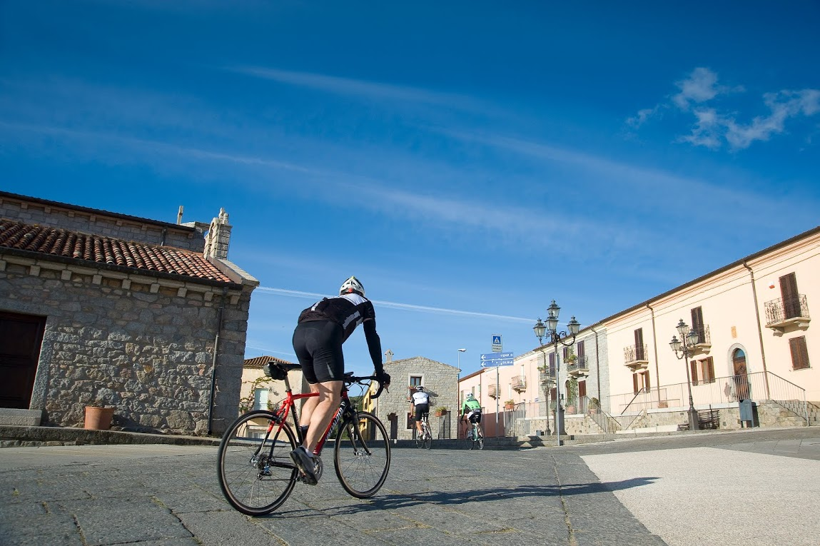 DAY 2: Alghero to Mores (81km / 1270m) image 1